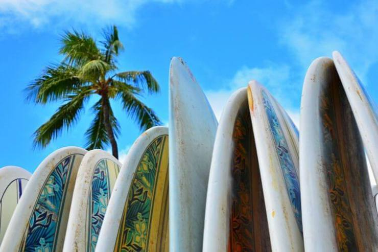 Surf-Lessons-in-Hawaii-Kids-Are-A-Trip