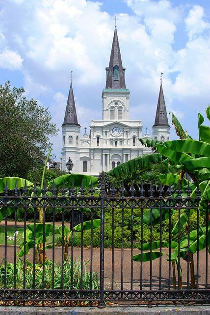 Tour-of-New-Orleans-Kids-Are-A-Trip