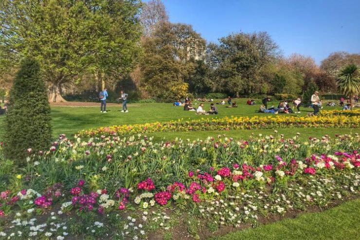 Hyde-Park-London-Spring-Kids-Are-A-Trip