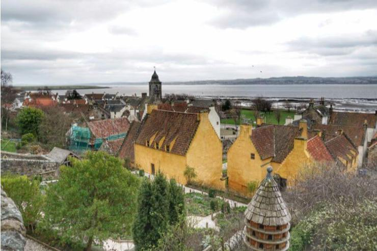 Culross-Palace-Outlander-Kids-Are-A-Trip