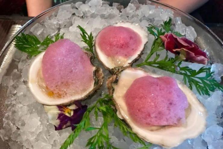 Oysters-at-Fahrenheit-555-Steakhouse-Carnival-Horizon-Kids-Are-A-Trip