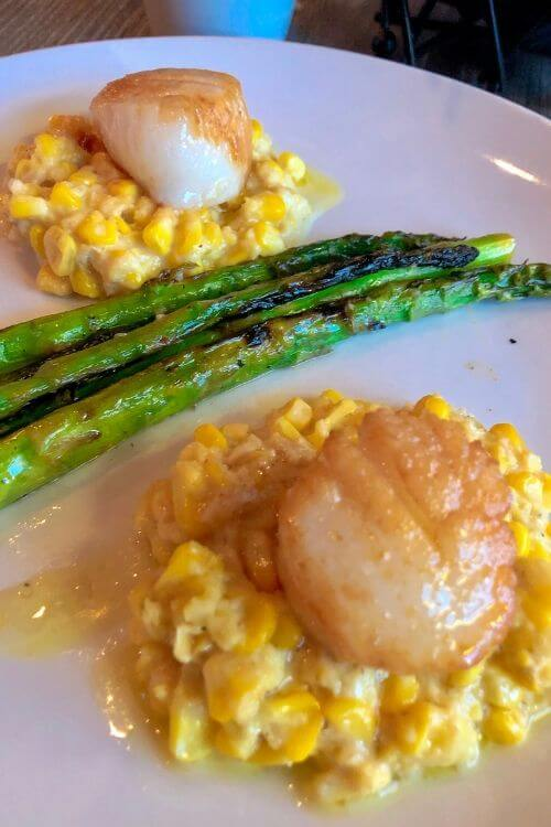 Beaufort tips for best eats: try Breakwater like this scallops and creamed corn dish.