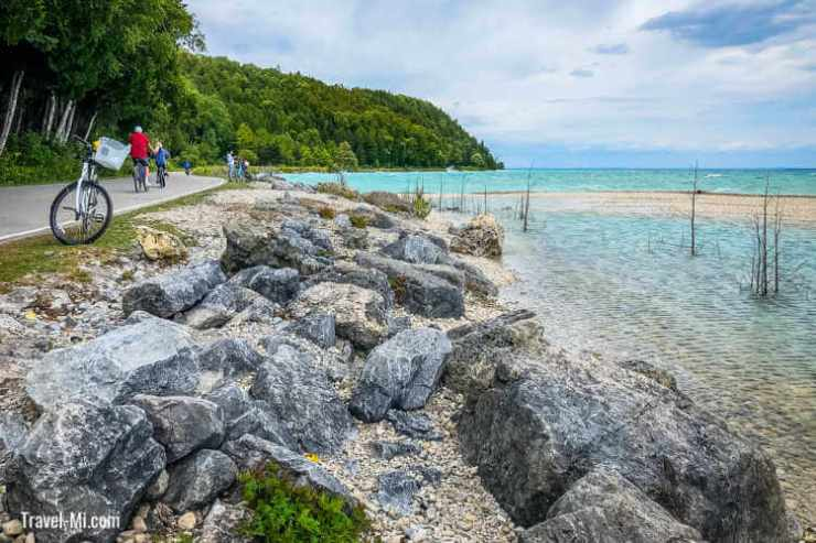 Mackinac-Island-bicycle ride Travel-Mi