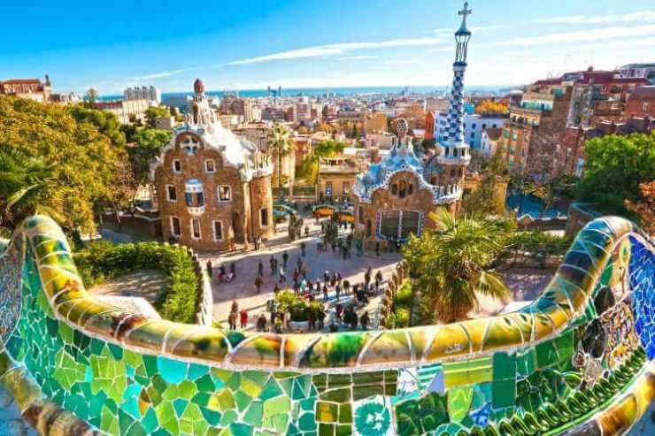 Barcelona with kids-Kids Are A Trip