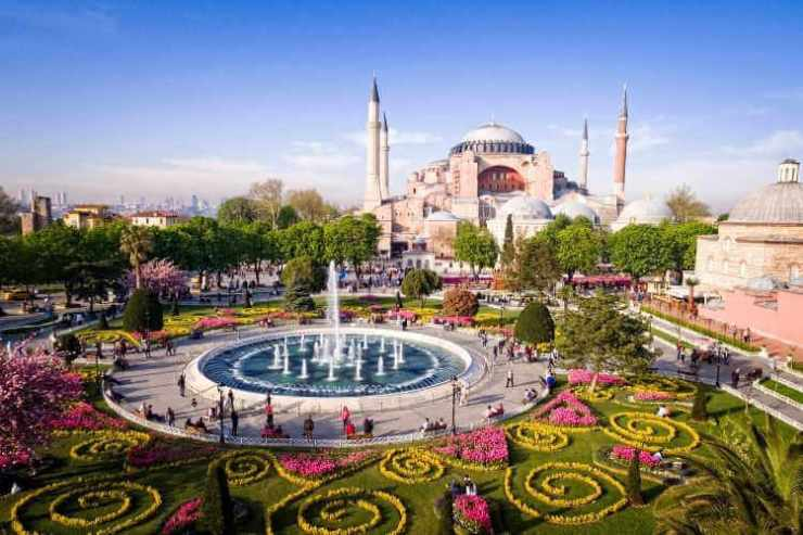 Istanbul with kids-Kids Are A Trip