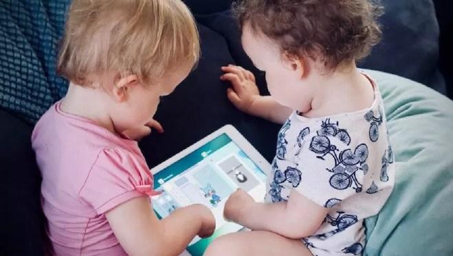 Tip 1 image | discussing safety online | Kids Safe Online