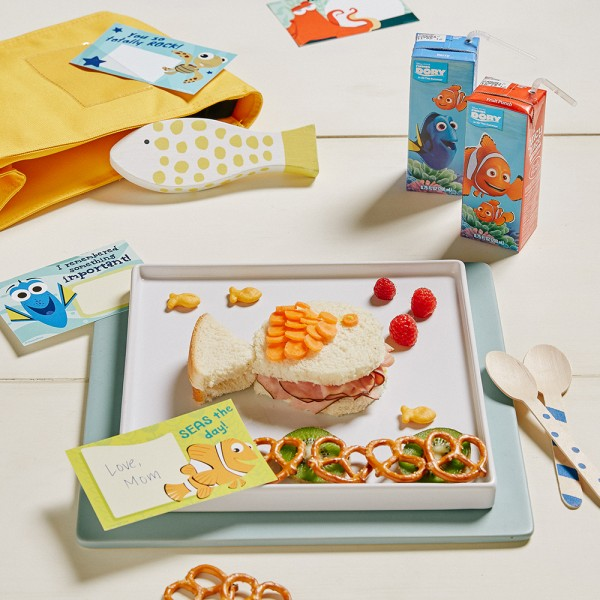 Disney-Family_Finding-Dory-Lunch-Notes_Square_1000