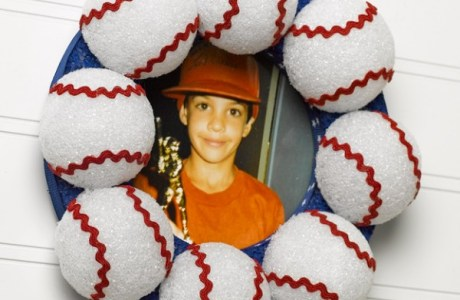 Make A Father's Day Baseball Frame