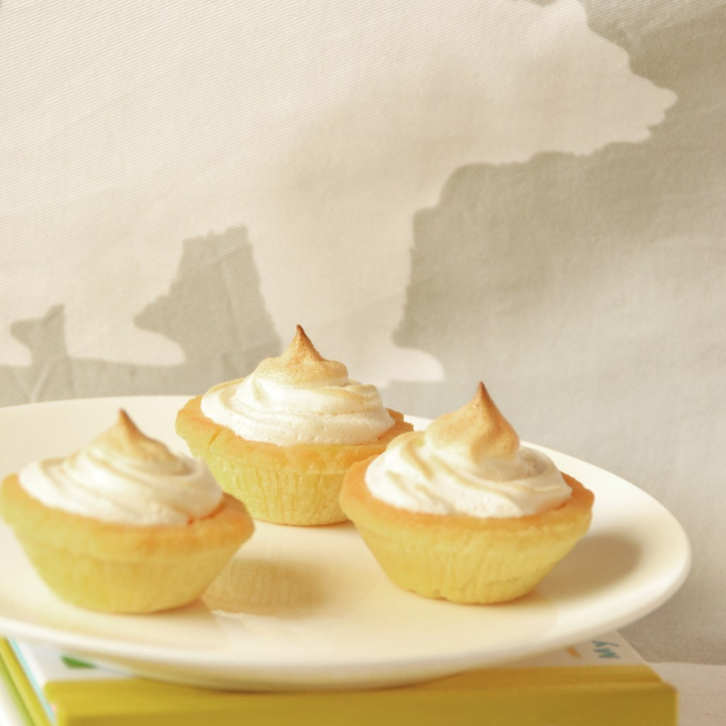 lemon, meringue, pies, baking