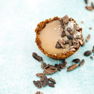 mini caramel tarts with coconut cacao bases