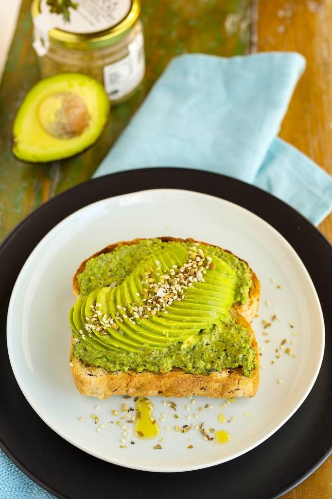 today's breakfast of avocado, pesto & dukkah on toast on www.kidseatbyshanai.com