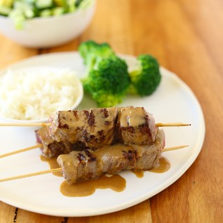 beef skewers with a tahini + cashew sauce