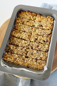 Apple and Sultana Muesli Bars by Kids Eat by Shanai
