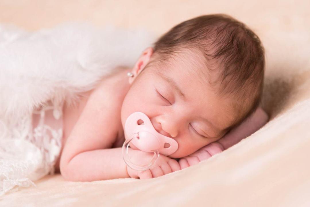 kidsfoto.es Fotografía bebé Newborn en Zaragoza. Fotógrafo de bebés
