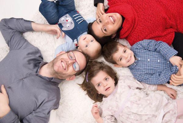 Fotografía  infantil y familiar. Fotógrafo de niños en Zaragoza