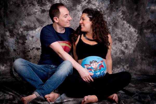 Sesión fotografía premamá. Fotografía de embarazo en Zaragoza, fotografía body paint embarazada