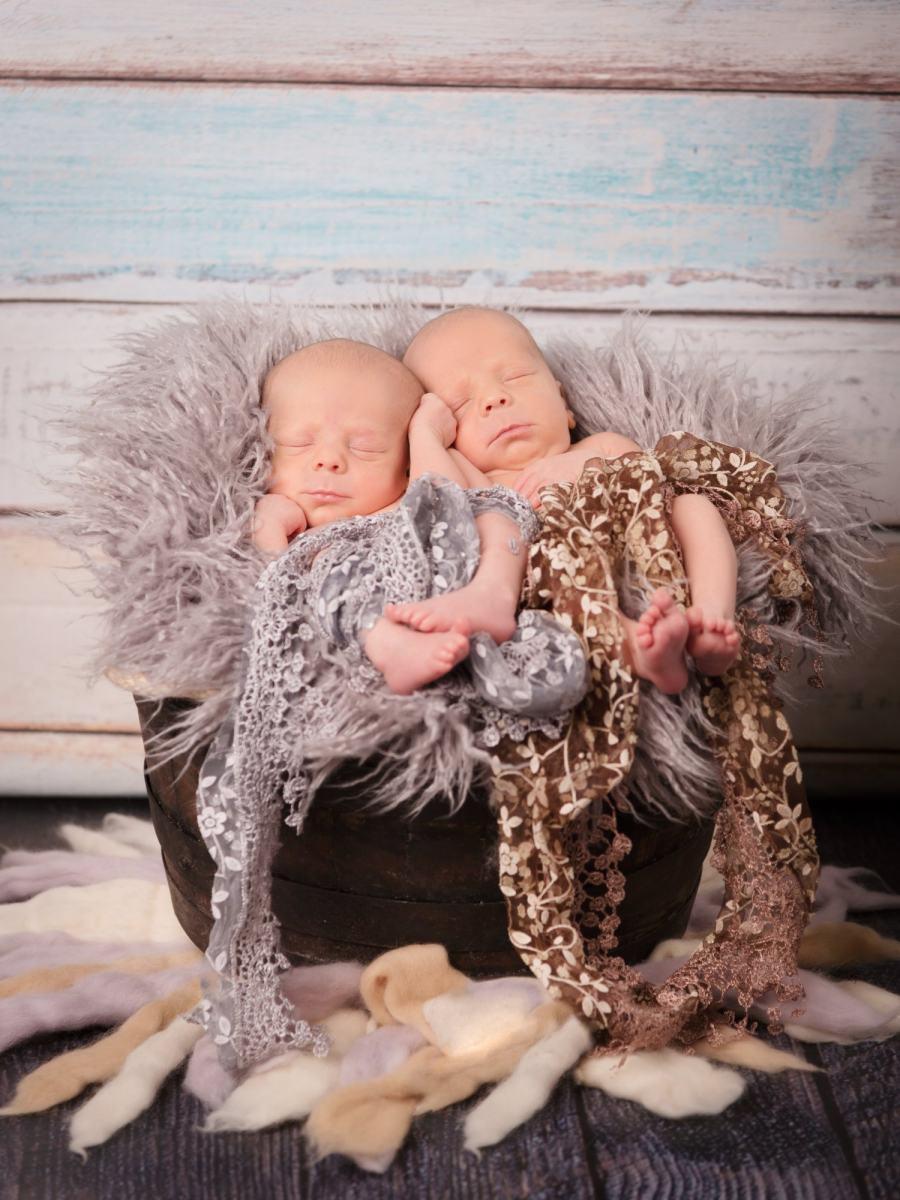 kidsfoto.es Sesión recién nacido Newborn Mellizos gemelos en Zaragoza, Fotografía bebés.
