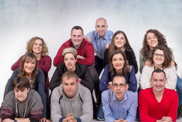 Sesiones fotográficas de  grupo en Zaragoza, fotografía de familias.