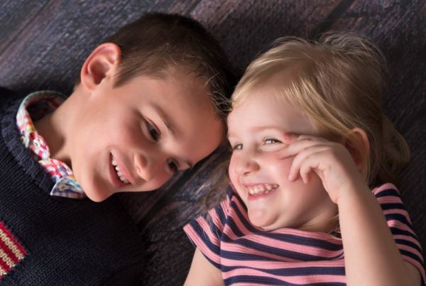 Reportaje infantil , fotografía de niños en Zaragoza. Fotografía infantil y familiar
