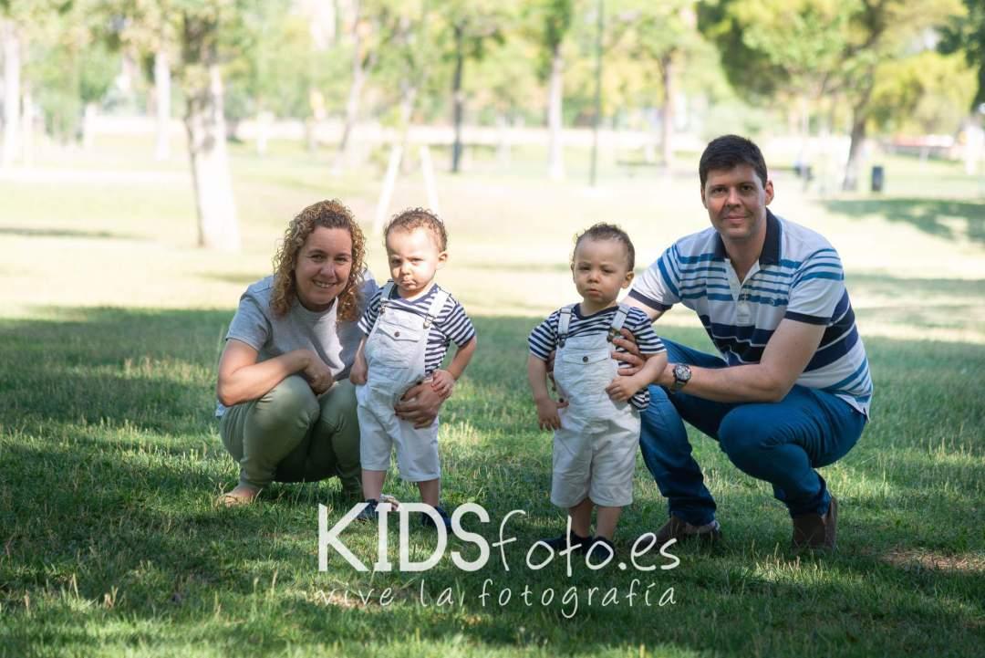 kidsfoto.es Fotografía de gemelos. Fotografía infantil , fotógrafo de niños en Zaragoza