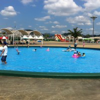 Hangang River outdoor swimming pools