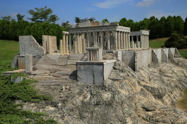 Aiins World Park Bucheon, Athens Parthenon