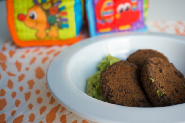 Falafel met avocado puree