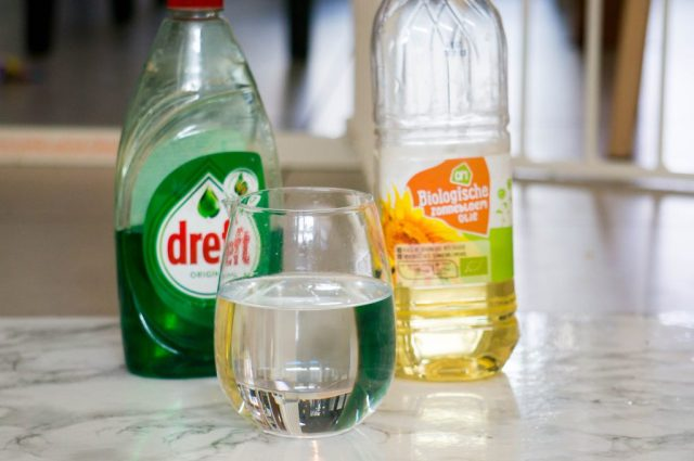 Benodigdheden Experiment Water en Olie  | Babies Kitchen