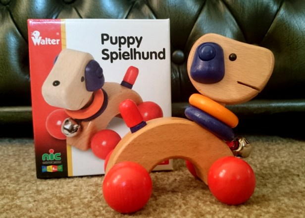 wooden-puppy-pusher-toy-and-box
