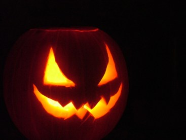 pumpkin-triangle-eyes