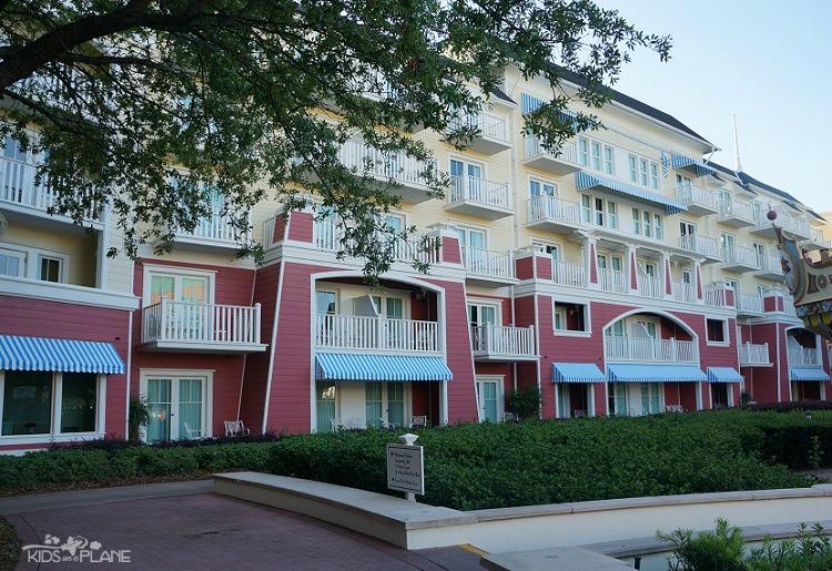 Standard Vs Villa Room At Disney's Deluxe Villa Resort