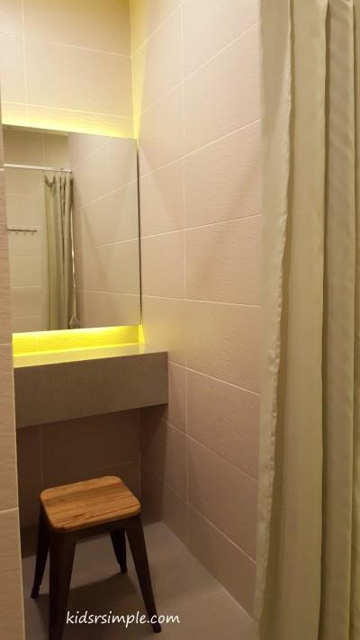 Changing cubicle (Safra Yishun Pool)