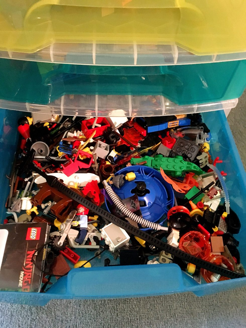 Mini figures drawer