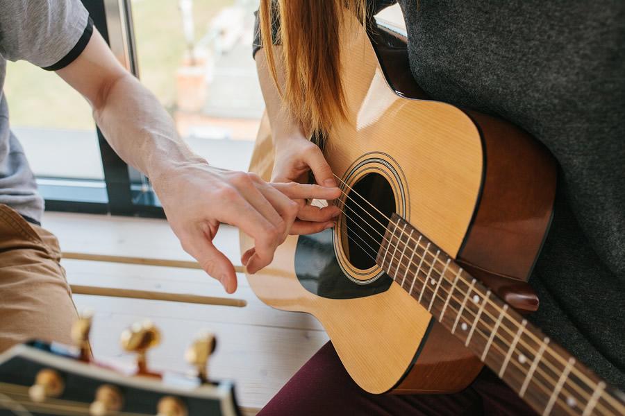 hoc dan guitar 1
