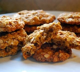 Anzac Biscuits: Cookies from Australia and New Zealand