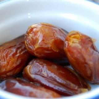 Egypt Snacks for Kids: Salatit Zabadi