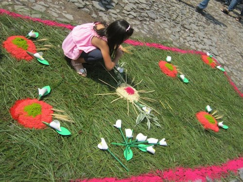 Antigua Guatemala Making Alfombras for Holy Week- Kid World Citizen