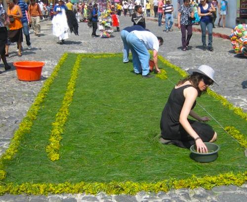 Guatemala Holy Week Preparing the Alfombras- Kid World Citizen