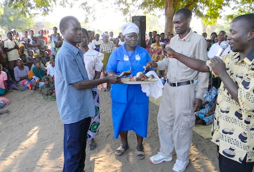 Malawi Wedding Eating- Kid World Citizen