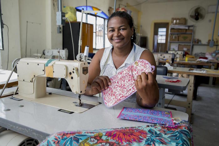 Women Artisans Crafts- Kid World Citizen