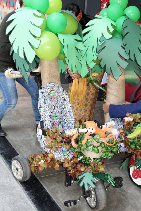 Fiestas Patrias tricycle- Kid World Citizen