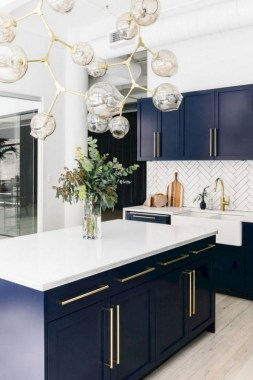 17 Blue Kitchen Cabinet Ideas To Upgrade Your Kitchen Today 14