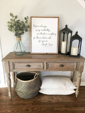 18 Easy DIY Farmhouse Home Decor Ideas 17
