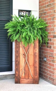 19 Adorable DIY Outdoor Planter Ideas 17