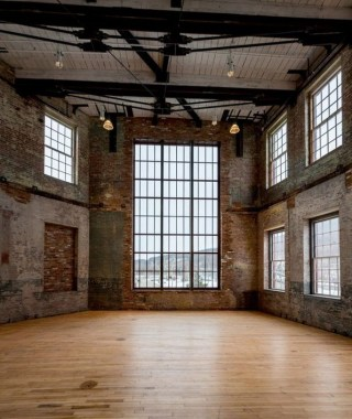 19 Warehouse Style Loft With Stunning Visual Appeal 13