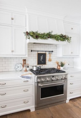 20 Bright White Kitchens To Emulate Your Own After 14