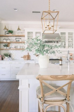20 Bright White Kitchens To Emulate Your Own After 15