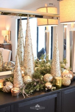 21 Easy DIY Christmas Decoration For Your Early Christmas Spirit 26