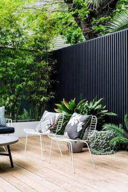 17 Smart And Stylish Garden Screening Ideas To Add A Little Privacy 26