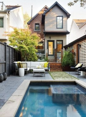 19 Small Backyard Designs With Swimming Pool That You'll Love 30